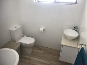 tap washers broken toilets bathroom renovations Plumbink Local Plumber on the Sunshine Coast All Drainage, plumbing Gas Fitting, bathroom renovations, leaking taps, replace toilets and sinks, new hot water systems, all plumbing work, Kitchen Plumbing, Cook Top,s Laundry plumbing, Drainage, Gas Fitting